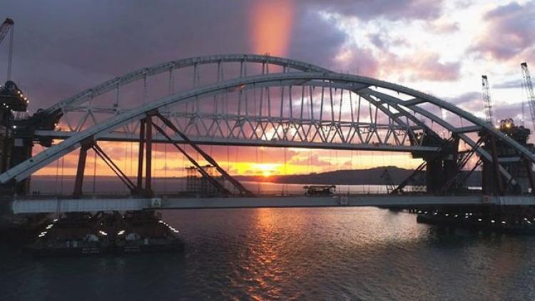 Крымчане возлагают большие надежды на мост (видео)